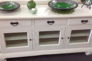 Great range of furniture & reproduction furniture
